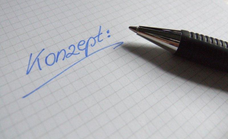 Schreibblock mit Wort Konzept